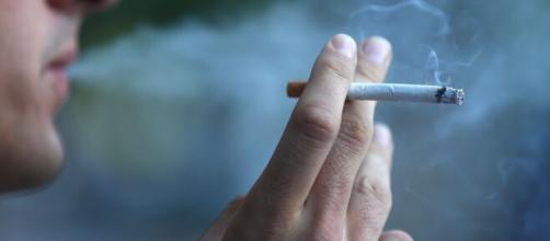 Le sigarette al mentolo da oggi non potranno più essere vendute.
