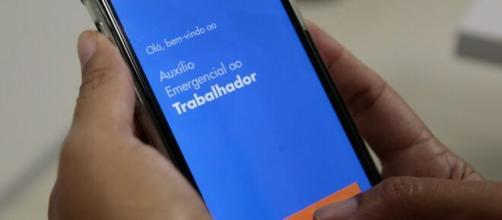 Beneficiário poderá transferir auxílio emergencial após dez dias. (Agência Brasil)