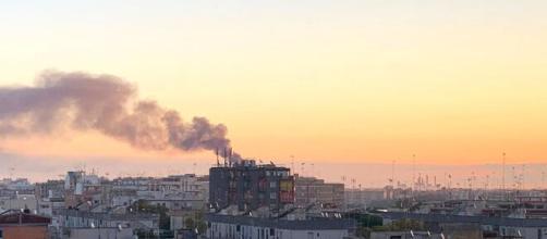 Brindisi, aria insalubre in città: il sindaco Riccardo Rossi ferma l'impianto Eni Versalis