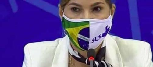 Protocolo da cloroquina mudou por clamor da sociedade, diz secretária. (Arquivo Blasting News)