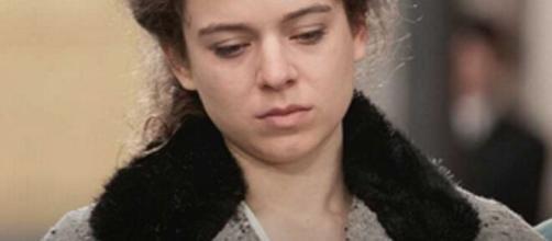 Una Vita, trame Spagna: la Salmeron fugge dal paese dopo la morte di Samuel.