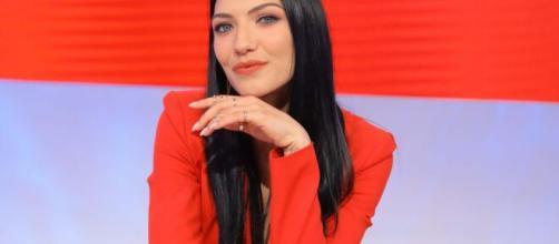 Uomini e Donne: Giulia D'Urso non intende fare commenti sul percorso di Giovanna Abate.