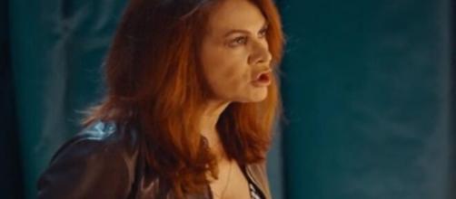 Vivi e lascia vivere, anticipazioni 28 maggio, ultima puntata: Laura è ricattata.