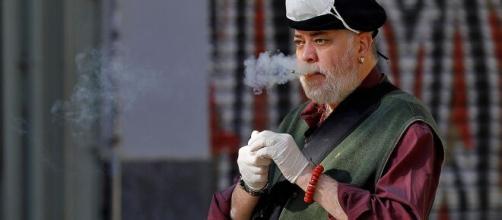 Fumar, terrazas y mascarillas, la combinación que aumenta el ... - larazon.es