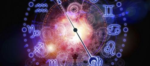 Horóscopo 2020: veja as previsões para o seu signo em 22/05. (Arquivo Blasting News)