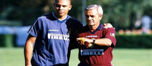 Lutto nel calcio: addio a Gigi Simoni, aveva vinto la Coppa Uefa con Ronaldo.