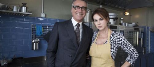 Vivi e lascia vivere, Massimo Ghini su Elena Sofia: 'Fuori dal set c'è rispetto e affetto'.