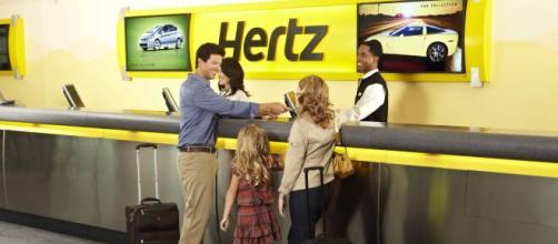 Hertz, storica compagnia di noleggio, ha dichiarato oggi bancarotta