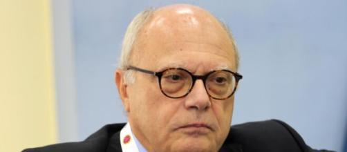Massimo Galli: 'Il virus non è rabbonito, l'ansia è legittimata'.