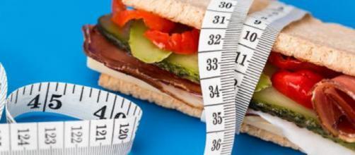 6 alimenti che possono accelerare il metabolismo: spiccano le mandorle.