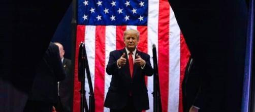 Donald Trump toma decisão. (Divulgação/Facebook Oficial Donald Trump)