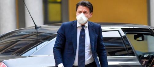 Giuseppe Conte in un'intervista per 'Milano Finanza' ha parlato delle problematiche inerenti alla Fase 2 e alla crisi economica in atto.