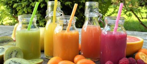5 frullati dietetici con frutta e verdura.