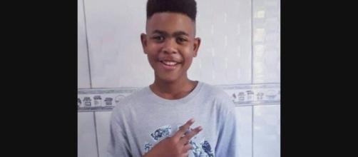 João Pedro enviou mensagens para a mãe antes de ser baleado. (Arquivo Blasting News)