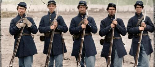 Five soldiers, four unidentified, in Union uniforms of the 6th ... - pinterest.com