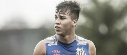 Kaio Jorge, punta brasiliana del Santos.