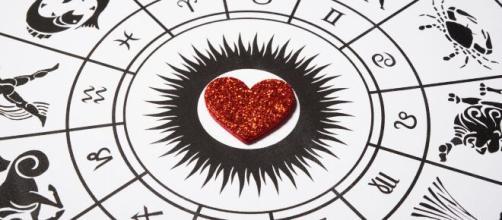 Os signos que podem complicar o amor e perder a chance da felicidade. (Arquivo Blasting News)