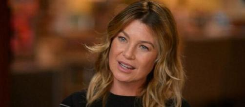 Ellen Pompeo fa discutere per la scelta di non seguire il profilo ufficiale di Grey's Anatomy.