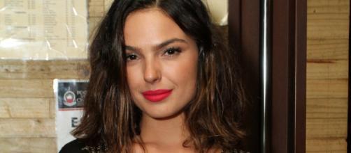 Isis Valverde lidera votação para escolher atriz que viveria Anitta em série fictícia. (Arquivo Blasting News)