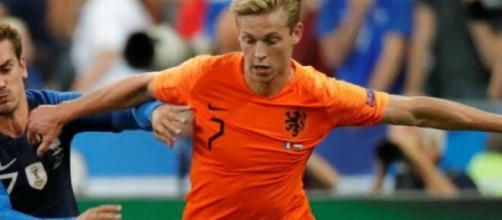 Juventus, sarebbe stato proposto de Jong.
