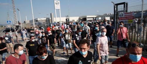Nissan cerrará su planta en Barcelona y dejará en la calle a 3000 trabajadores.