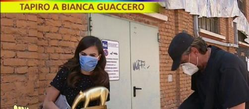 Nuova gaffe di Bianca Guaccero con Striscia la notizia.