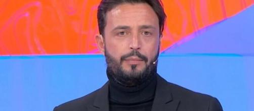 Trono over UeD, Armando si sfoga sui social: 'Parli per supposizioni'.