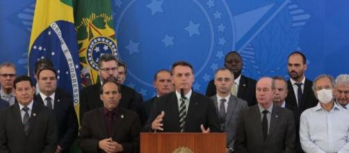 Bolsonaro pode ter chapa cassada em inquérito de fake news. (Marcello Casal Jr/Agência Brasil)