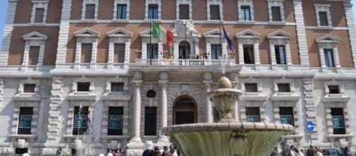 Comunicazioni del governatore della Banca d'Italia