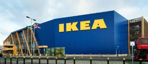 Ikea assume in tutta Italia: posizioni aperte sia per diplomati che per laureati.