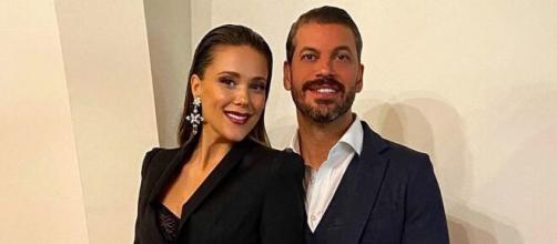 Lorena Gómez y René Ramos han sido padres de su primer hijo en común.