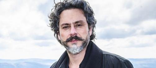 O Comendador foi interpretado por Alexandre Nero. (Reprodução/TV Globo)
