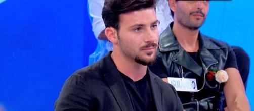 Uomini e Donne, Biagio D'Anelli su Sirius: 'In Tv per popolarità, è felicemente fidanzato'.