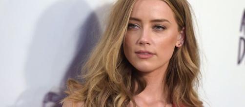 Amber Heard Responds to J.K. Rowling's Defense of Casting Johnny ... - glamour.com