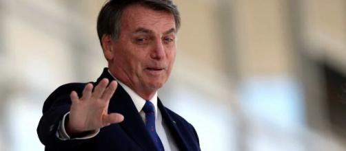 Calma, Adélio' divulgado por Bolsonaro é 'calma, velho' para a PF. (Arquivo Blasting News)