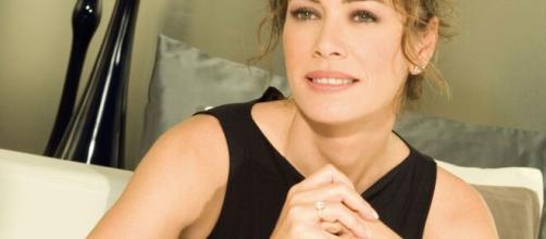 Elena Sofia Ricci (Laura) in 'Vivi e lascia vivere': 'Vogliamo dare un messaggio di speranza a chi si trova in difficoltà'.