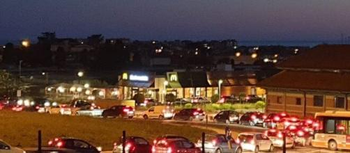 Inizio Fase 2, file chilometriche d'auto e McDonald's presi d'assalto da Nord a Sud della penisola.