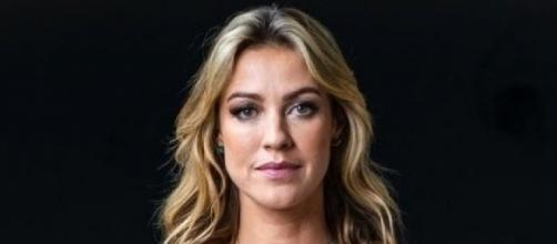 Luana Piovani escala a mãe em batalha judicial contra Pedro Scooby. (Arquivo Blasting News)