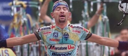Marco Pantani, l'epica vitoria nella tappa del Galibier