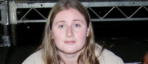 La hija bloguera de moda de Boris Johnson y sus consejos para vestir en medio del confinamiento.