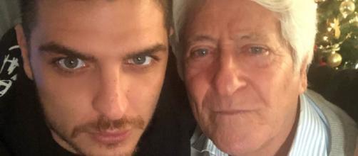 Luigi Favoloso attraverso le storie Instagram fa gli auguri al nonno materno che festeggia 80 anni