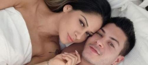 Mayra Cardi e Arthur Aguiar colocaram fim em um casamento de pouco mais de dois anos. (Reprodução/Instagram/@mayracardi)