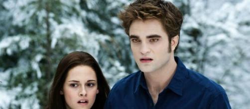 Stephenie Meyer announces new 'Twilight' book 'Midnight Sun' - nypost.com [Blasting News library]