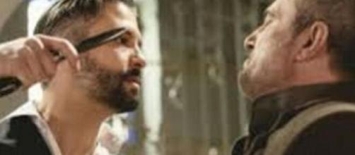 Una Vita, spoiler al 15 maggio: Felipe aggredisce Ramon in pubblico