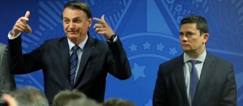 Bruno Gagliasso usa hit de Manu Gavassi para falar da relação de Jair Bolsonaro e Sergio Moro. (Arquivo Blasting News)