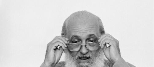 Paulo Freire é um grande mentor da educação para a consciência. (Arquivo Blasting News)