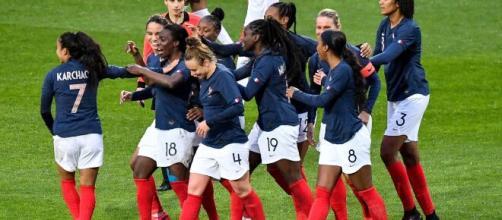La FFF - Les 8 chiffres clés du football féminin - FFF - fff.fr
