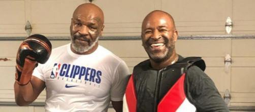 Mike Tyson insieme al coach brasiliano Rafael Cordeiro.