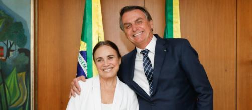'Casamento' de Regina Duarte e Jair Bolsonaro segue firme. (Arquivo Blasting News)