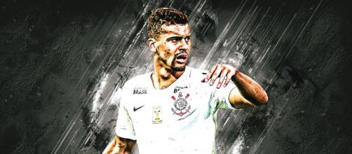 Leo Santos renueva contrato con el Corinthians